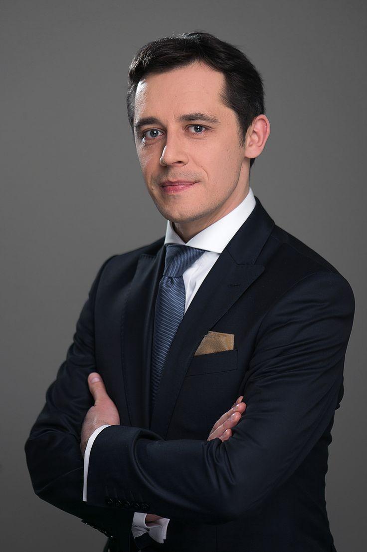 Konrad Roziewski - Bisnode. Zdjęcia biznesowe profesjonalna-fotografia.pl