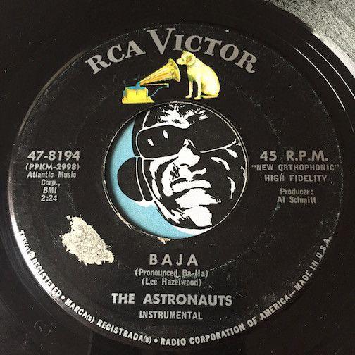 Astronauts - Baja b/w Kuk - RCA Victor #8194 - Surf