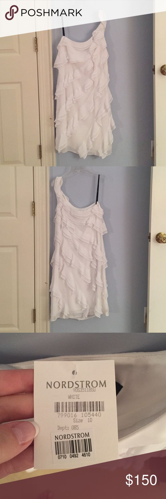 White One Shoulder  Laundry by Shelli Segal Dress Brand New with Tags, White, Ruffled, One Shoulder,  Laundry by Shelli Segal Dress Size 10 Laundry by Shelli Segal Dresses Asymmetrical