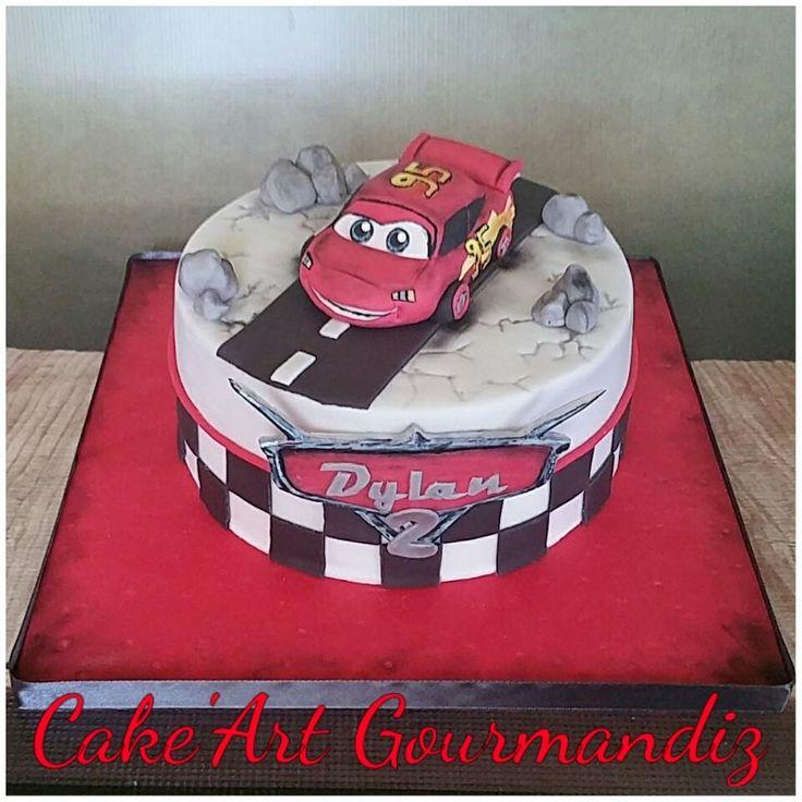 Gâteau d'anniversaire Cars flash mcqueen #carscake #cars #flashmcqueen #gateaucars