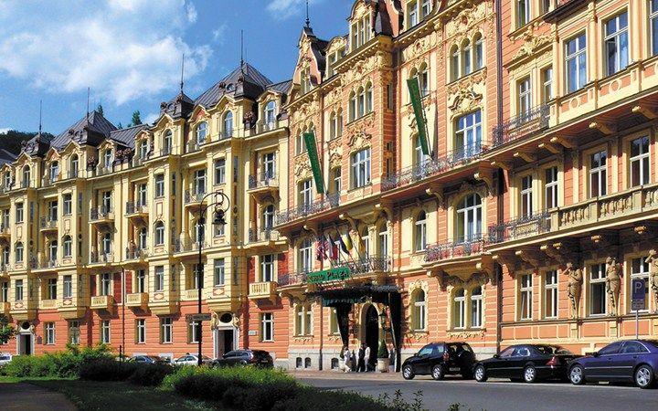 Carlsbad Plaza #KarlovyVary #CzechRepublic #Luxury #Travel #Hotels #CarlsbadPlaza