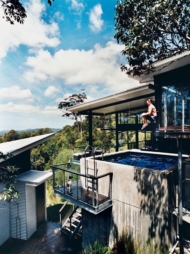 The home features breathtaking views of the Noosa Hills and the Pacific Ocean. It also boasts a concrete plunge pool that you can jump into from the next level up.