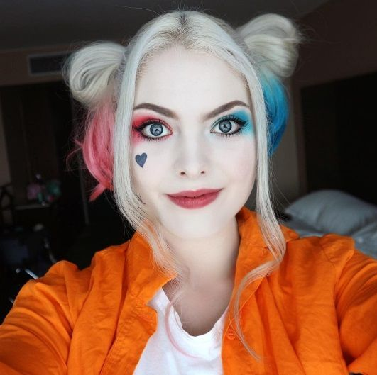 28 Harley Quinn Cosplays You'll Love!