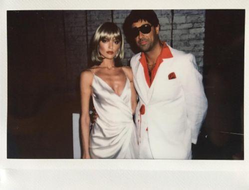 Martha Hunt en Elvira du film Scarface