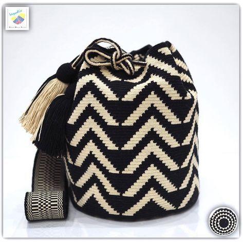 Wayuu bag single thread รุ่น Premium quality ⭕️Sold out⭕️ •ฐาน 8.5นิ้ว สูง 10 นิ้ว •สายยาว 110 cm. •ฟรี Ems ขอบคุณคุณลูกค้ามากๆค่ะ Unique style by wayuukiss FB ➡️ WayuuKiss Line ➡️ @wayuukiss ( มี@นำหน้าค่ะ) IG ➡️ wayuukiss =accept credit card,paypal== #wayuukiss #wayuubag #popularbikini #กระเป๋าพลอยเฌอมาลย์ #colombia #importthailand #summerbag #hotitem #mochilabag #mochilas #bikini #kinni #wayuubikini #popularbikini #กระเป๋าพลอยเฌอมาลย์ #colombia #importthailand #summerbag #hotitem #h...