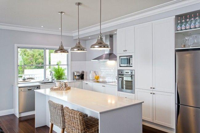 Kitchen-1 and paint is taubmans Zurich white