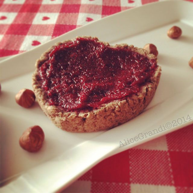 Crostatine al farro con mirtilli rossi | Ricetta di Ricettevegolose | #RisanaLa