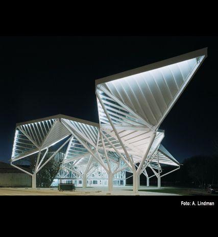 Moneo y Brock en Cuenca, pabellón en el recinto ferial - Arquitectura Viva · Revistas de Arquitectura