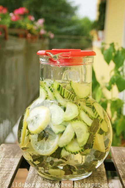 (Acqua Rinfrescante e Dissetante al Limone, Cetriolo e Menta or  Refreshing Lemon, Cucumber and Mint Water