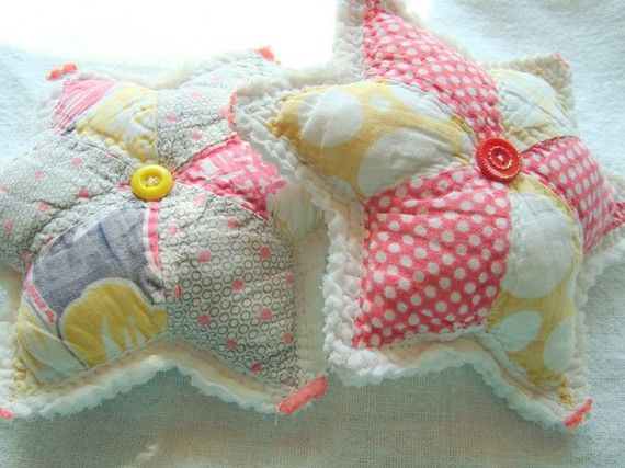 Two primitive vintage quilt star pincushions by byStitchHappy