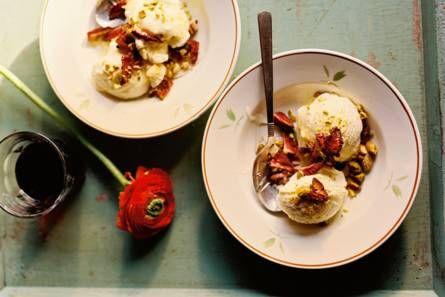 Vanille-ijs met gedroogde aardbeien - Recept - Allerhande - Albert Heijn