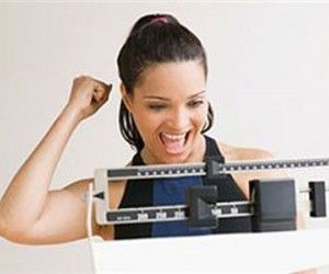 Как похудеть без диет: рекомендации врачей-диетологов http://ukrainianwall.com/health/kak-poxudet-bez-diet-rekomendacii-vrachej-dietologov/  Популярное мнение, что похудеть быстро и на много невозможно прочно засело в головах современных людей. И хотя это утверждение устарело еще в начале 2000-х годов, большинство до сих пор верит,