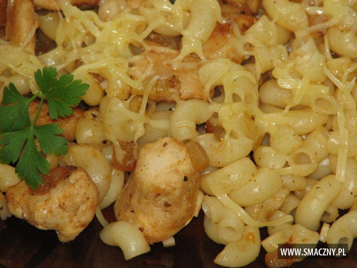 Szybkie danie obiadowe z makaronem i kurczakiem