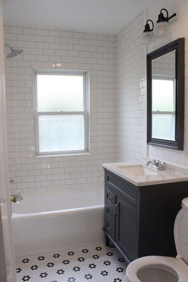 30+ Luxurious Black And White Subway Tiles Bathroom Design