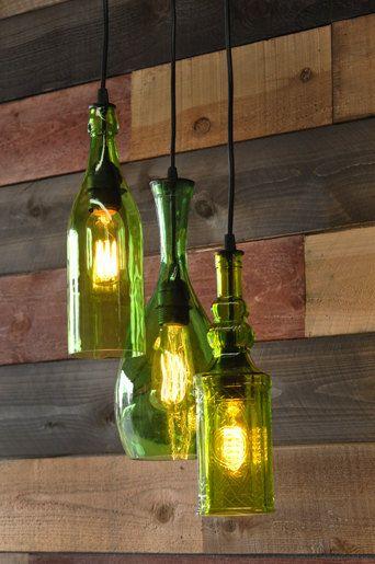 Lámpara reciclada con botellas de vidrio