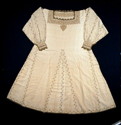 Woman's chemise. Italy, century. XVI, second half n.inv. 76.01.16. Museo del Tessuto