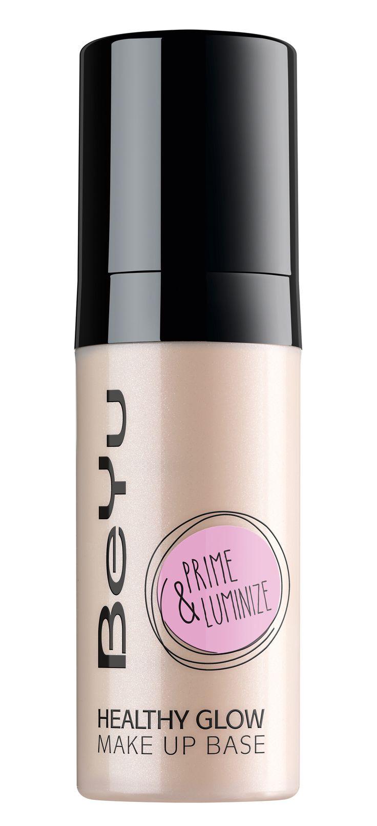 Die parabenfreie Healthy Glow Make up Base von BeYu im praktischen Pumpspender ist eine lichtreflektierende Make up-Grundierung mit leichtem Glow.  © beyu