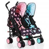 Cosatto детская коляска-трость для двойни cosatto supa dupa go  — 27990р.  производитель: cosatto  особенности детской коляски cosatto supa dupa go:невероятного дизайна, яркая, компактная и удобная коляска-трость для двойни! использовать ее можно с самого рождения. коляску легко раскладывать, транспортировать, она удобна в управлении, маневренна, а также снабжена всем необходимым для прогулок с двумя ребятишками. коляска поможет отдохнуть, посмотреть мульфильм или поиграть игрушками обоим…