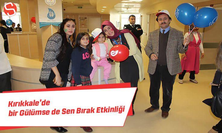 Kırıkkale Yüksek İhtisas Hastanesi yöneticiliği ve Kırıkkale Üniversitesi öğrencileri işbirliğinde Bir Gülümsemede Sen Bırak etkinliği düzenlendi.  #birgülümsedesenbırak #kırıkkale #etkinlik