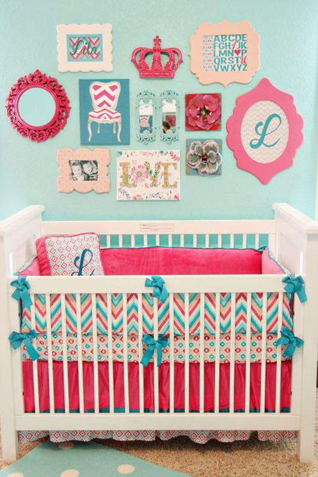 STYLEeGRACE ❤'s this baby's room décor!