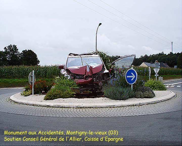 Rond point a MONTIGNY-LE-VIEUX (03)