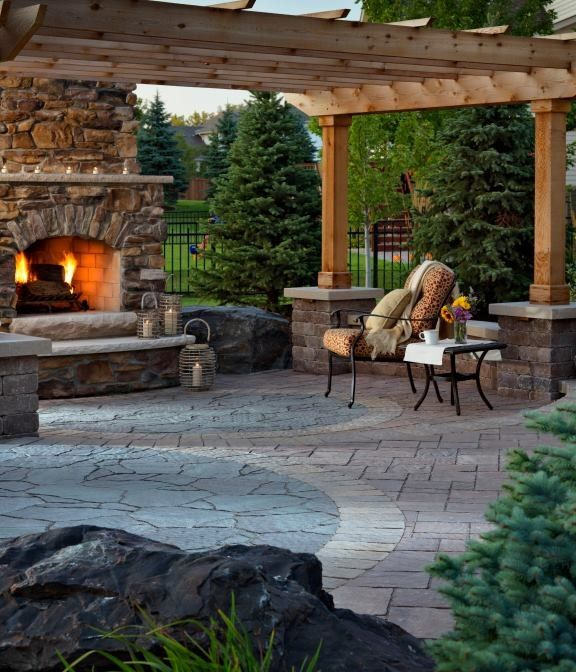 28 best trafalgar patio fireplace images on pinterest for Beautiful backyard patios
