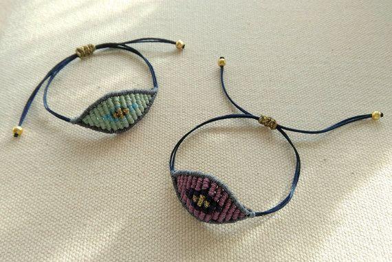 Eye macrame bracelet. Makrame jewelry with by KnotknotBijoux