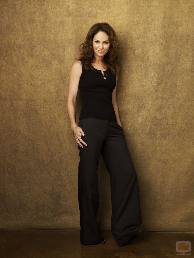 Amy Brenneman, one of my style icons.
