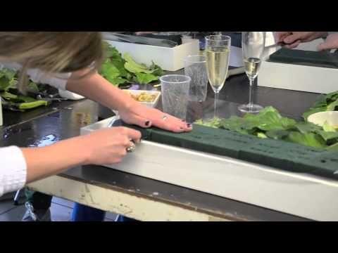 Cursus bloemschikken bij Bloemen Van Gucht - YouTube
