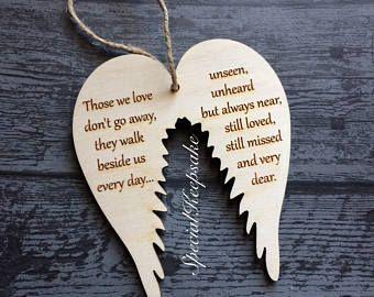 Alas de Ángel, árbol de Navidad de madera decoración adorno placa Memorial cielo amor regalo citar recuerdo del corazón amado perdido Estimado Remeberance