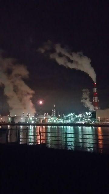 雨上がり♪四日市の工場夜景