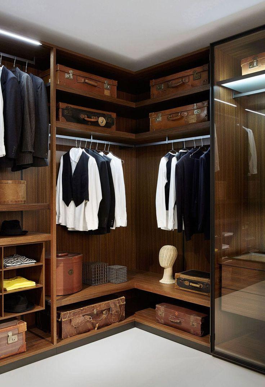 begehbarer kleiderschrank wandmontage modern holz. Black Bedroom Furniture Sets. Home Design Ideas