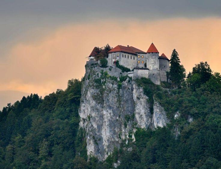 Castillo de Bled, Eslovenia  20Fabulosos castillos enlos que tequedarías avivir para siempre