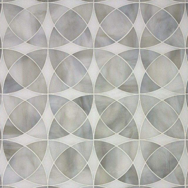 Circulos in Pewter and Pure from the Art Glass Mosaic Collection. #artisantiles #interiordecorating #artglass #interiordesign #backsplash