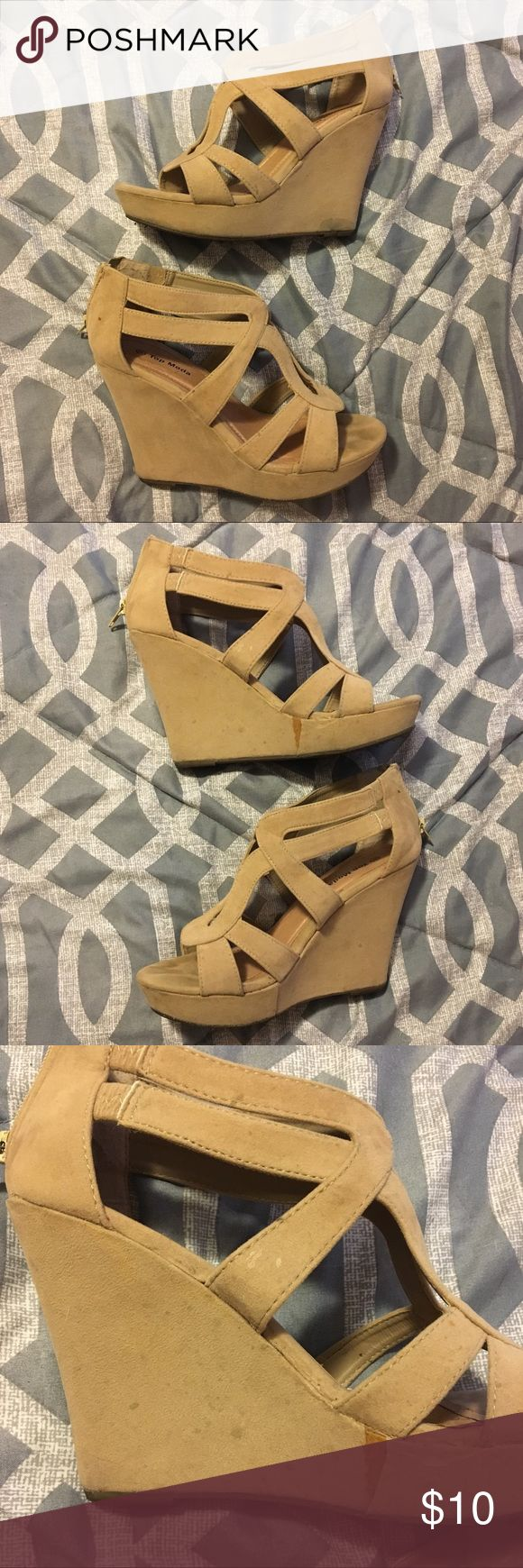 Nude/Beige Strappy Wedges Super cute beige wedges from Urban OG. They've definitely been worn and have a few stains (they may be cleanable) and rips, but still have a lot of life left! They fit true to size, have a zip up on the back, and are super comfortable! Very flattering shoe! Top Moda Shoes Wedges