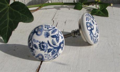 Knopp - blå blomster