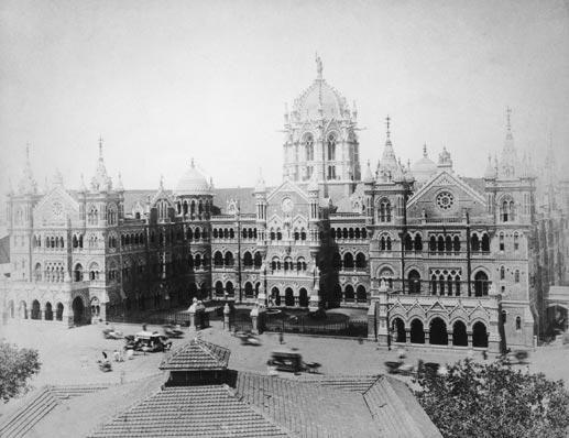 Victoria Station,Mumbai,circa 1900.Built in 1888,now known as Chhatrapati Shivaji Terminus #Mumbai #history #India pic.twitter.com/RK7C4Fzui4