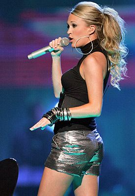 Country Music Women: The ever popular Carrie Underwood. I love her ponytail.
