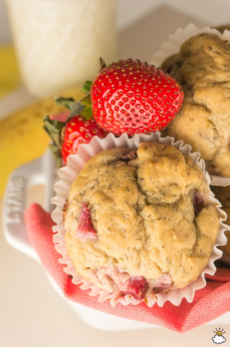 Strawberry Banana Muffins Are A Delicious, Sugar-Free Way To Start The Day