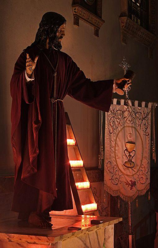 Exaltacion de la Cruz Inmemorian. Cofradia de la Institucion de la Sagrada Eucaristia, Zaragoza. | da oscarpuigdevall
