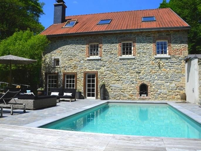 Charming land house from Belgium, Liège with pool house.