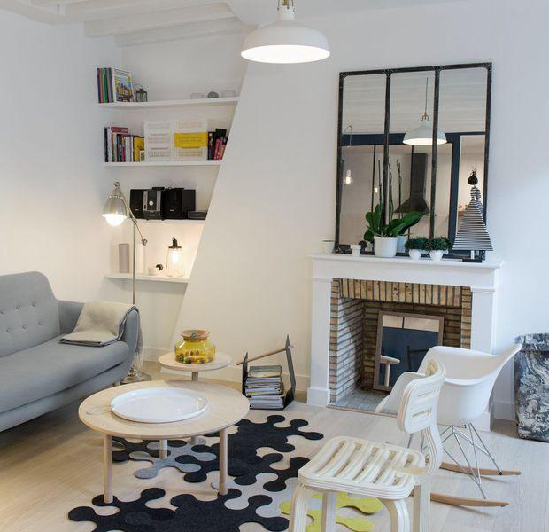 Dans le 8e arrondissement parisien, l'architecte d'intérieur Pierre Petit a repensé un appartement de 38 m2 mal agencé. Cuisine ouverte, salle de bains optimisée, chambre déco et séjour lumineux sont au rendez-vous dans ce deux pièces rénové à la déco moderne inspirée du scandinave.