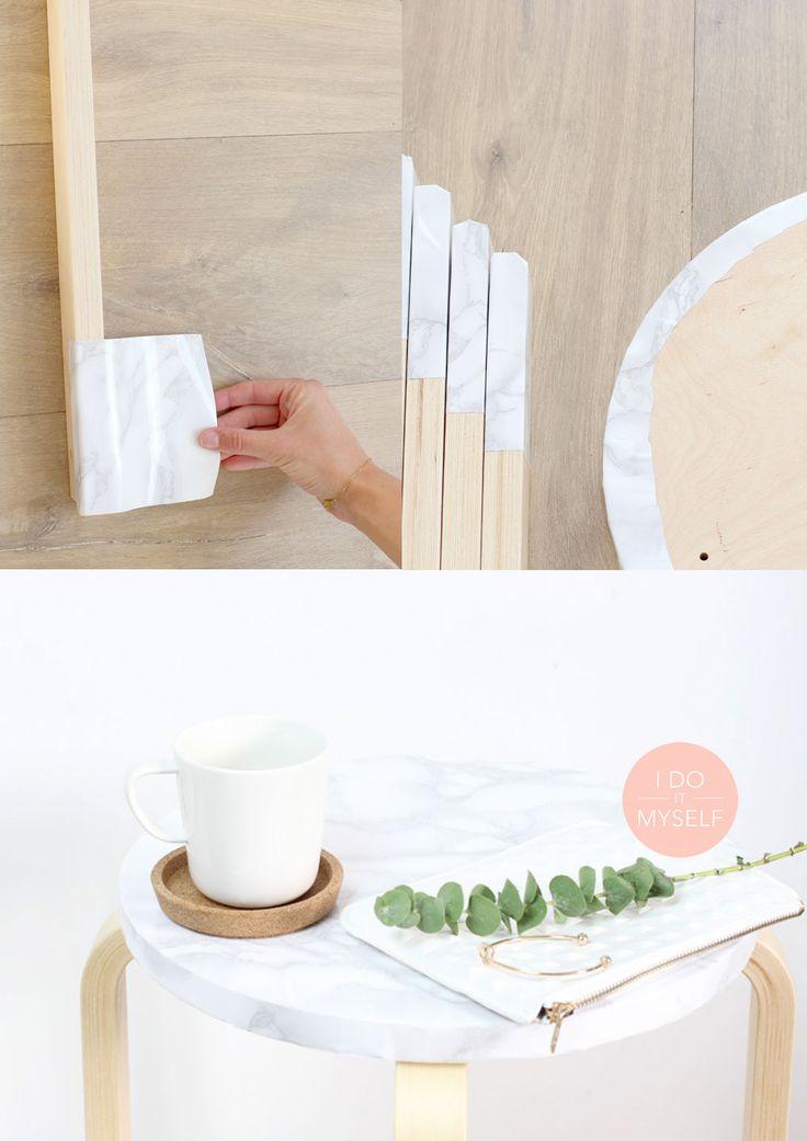 IKEA EASY HACK - Create a nice marble table with an ikea stool! check out the tutorial on my blog! Créez une jolie table en marbre à partir d'un tabouret en bois Ikea! Le tutoriel de ce DIY sur mon blog : www.idoiymyself.be
