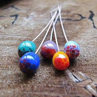 look at the painting technique: Lampwork Glass Headpins, Antiqued Copper wire 20 gauge, Handmade Lampwork Beads-SRA