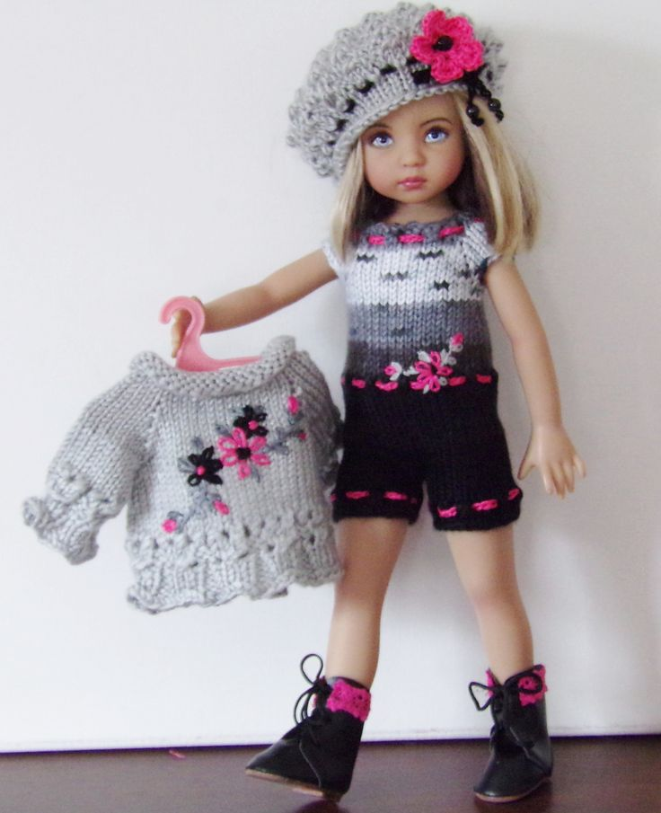 HAND-KNIT SWEATER,BERET,SHORTS JUMPSUIT, ONE PAIR OF BOOTS SETMADE FOR EFFNER LITTLE DARLING
