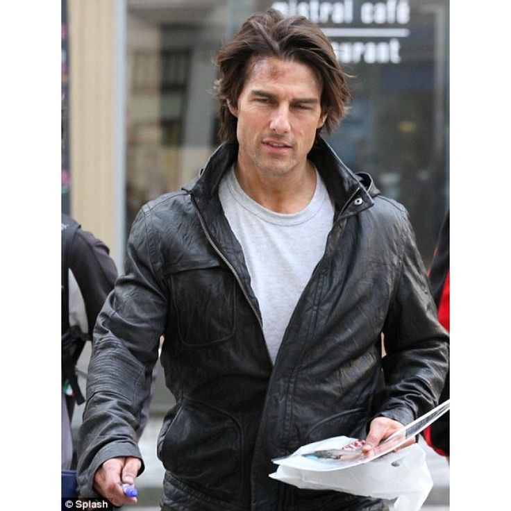 Tom Cruise's charisma and charm is always there and influence leather jacket industry most than any other. Bomber jacket trend is one of Tom Cruise inspirational wearable.  #TomCruiseBomberJacket