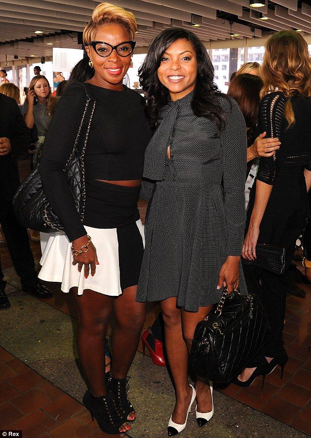 Say cheese! Mary J. Blige posed with Taraji P. Henson at the event