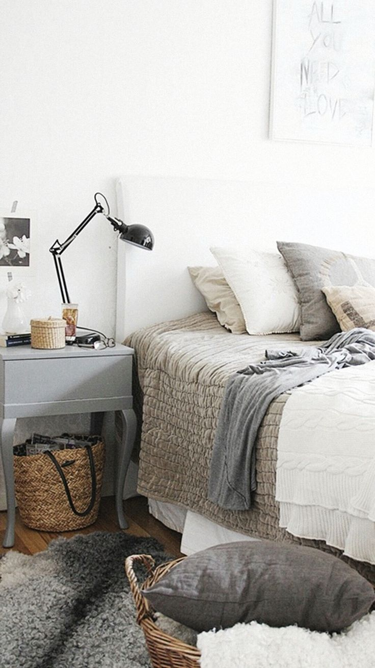 10 best images about Home Decor - Bedrooms on Pinterest | Lady ...
