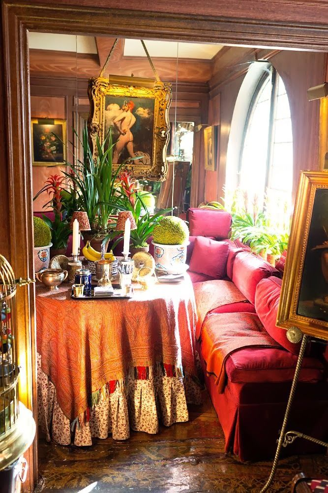 Colorfull Bohemian Style Apartment Of Cécile Figuette: Romantic Boheminia Colorful Dining Area!