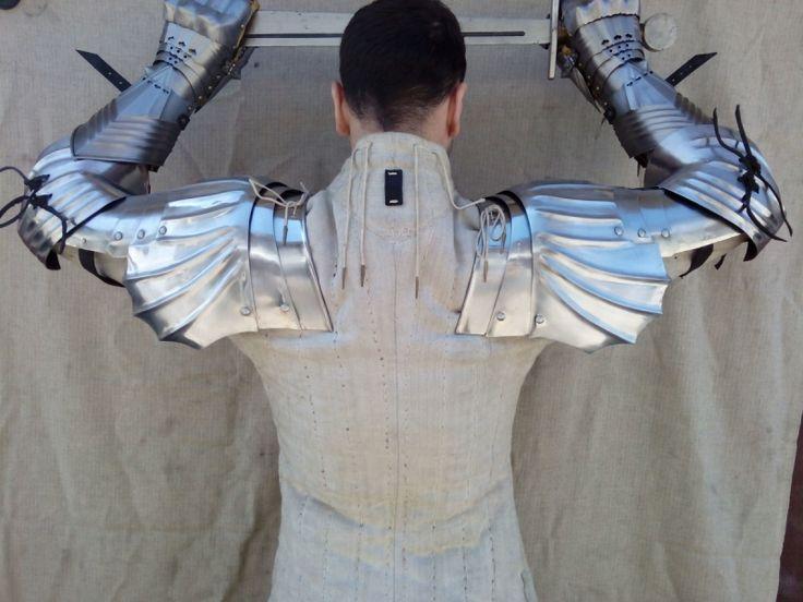 Arms reverse
